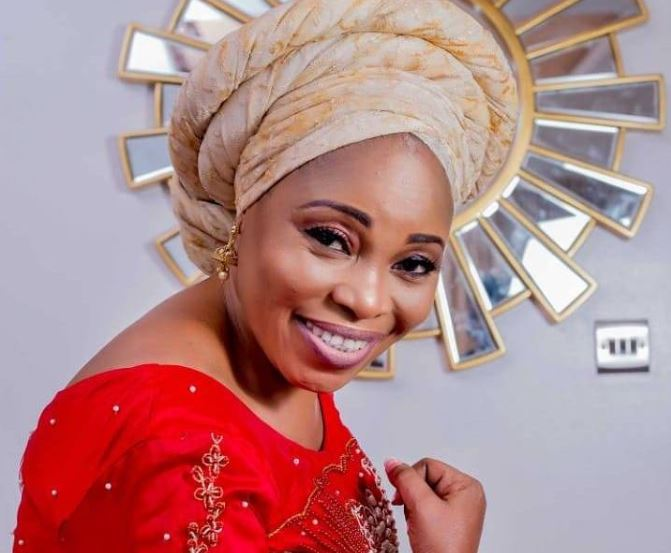 How We Waited For Disposed Pepper From Millers Before We Could Eat –Tope Alabi